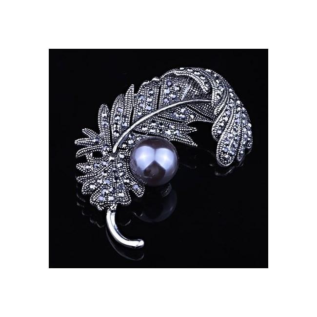 MMM Sélection - Broche Femme - Design Plume 11,99 € | My Major Market